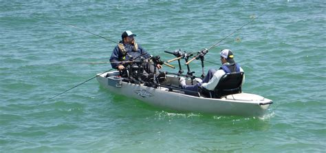 Trolling Six Lines on the Pro Angler 17T   Hobie