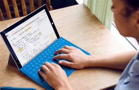 How to take notes on Windows 10 powered Surface device