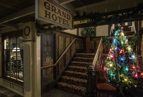 Christmas in Old Town | Royal BC Museum